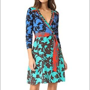 DVF FLORAL WRAP DRESS